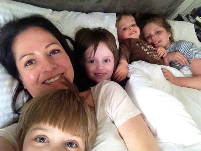 I had a very civilised snuggle with my bambinos one afternoon ..